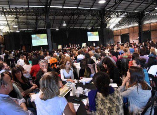 Los gremios docentes serán llamados en diciembre a debatir la ley provincial de educación