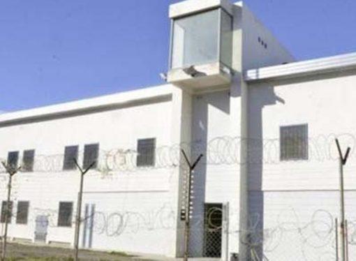 Por decreto, endurecen las salidas a los presos