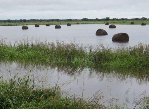 """""""Pasaron sesenta días de las inundaciones y la asistencia no llegó"""""""