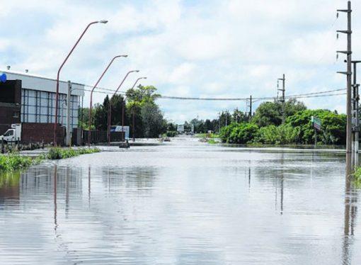Casi cien escuelas de toda la provincia quedaron dañadas por las lluvias
