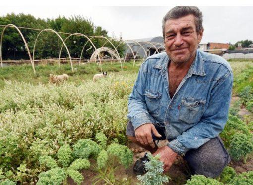 El agricultor que se intoxicó y hoy trabaja la tierra sin agroquímicos