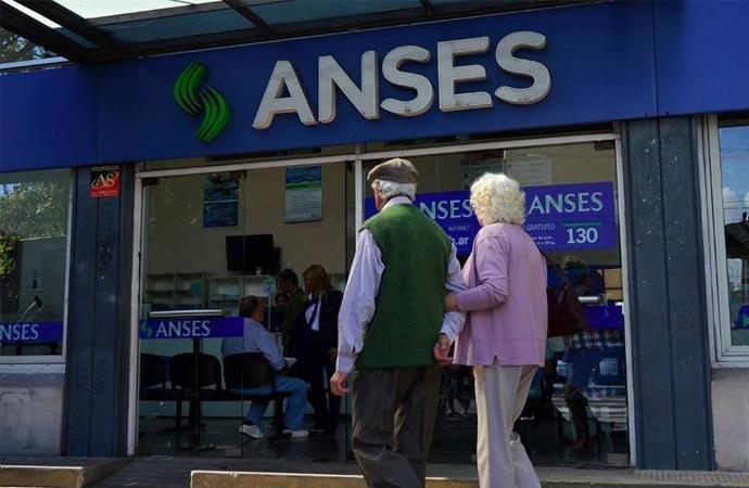 Los jubilados y pensionados tendrán plazo hasta noviembre para optar por la reparación histórica