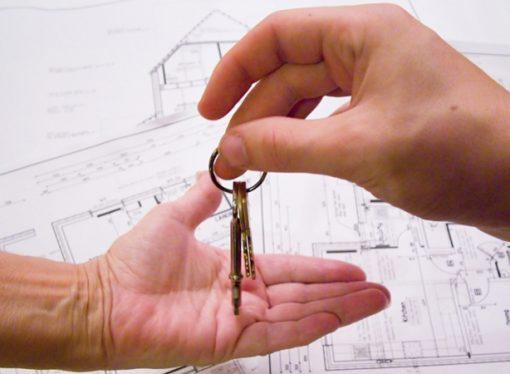 Santa Fe también bajará Ingresos Brutos para créditos hipotecarios
