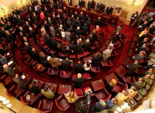 Legisladores reprochan a Lifschitz que no contesta los pedidos de informe