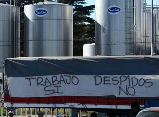La provincia prometió apoyo financiero a la ex planta de Sancor en Centeno