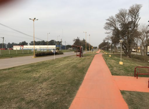 """Trabajo de """"Hormiga"""": El paseo peatonal del acceso se llamará """"Hernán Díaz"""""""