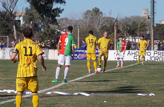 San Jorge y La Emilia abren la saga de clásicos de la Liga San Martin