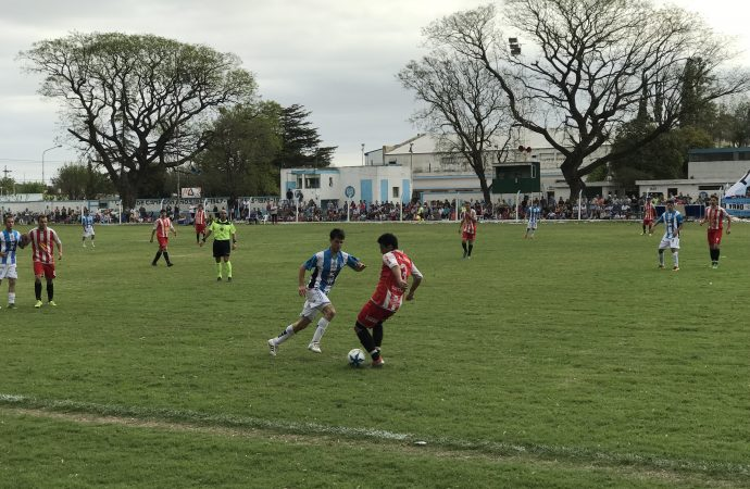Atlético Sastre y Unión repartieron puntos en el clásico