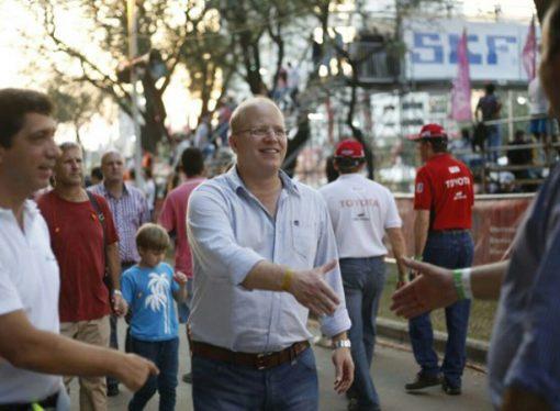 """Contigiani: """"Necesitamos legisladores que transpiren la camiseta de Santa Fe"""""""