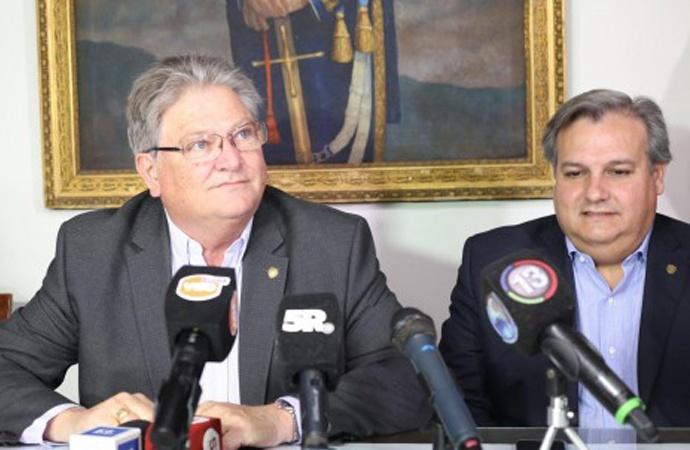 El vicegobernador bancó a Contigiani en su decisión de renunciar al bloque socialista