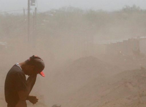 """Qué es la """"tempestad de polvo"""" que bajará la temperatura"""
