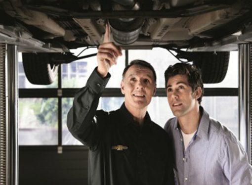 Nueve consejos para cuidar el motor del auto antes de salir a la ruta