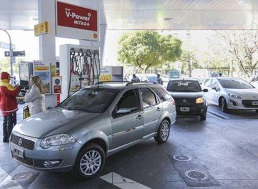 Combustibles: en Santa Fe, la nafta es un 43% más cara que en el sur del país