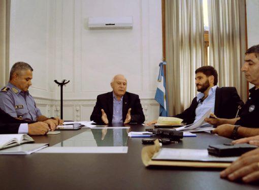 Lifschitz presidió reunión de seguridad con el ministro y autoridades provinciales