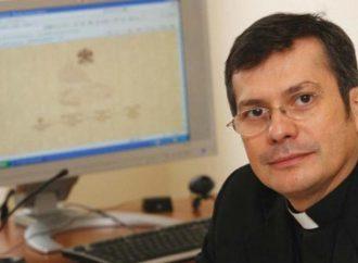 Un santafesino es el secretario de comunicación del Vaticano