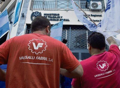 Trabajadores de Vassalli rechazaron pago de deuda en cuotas