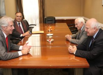 Lifschitz se reunió con el presidente de Uruguay, Tabaré Vázquez