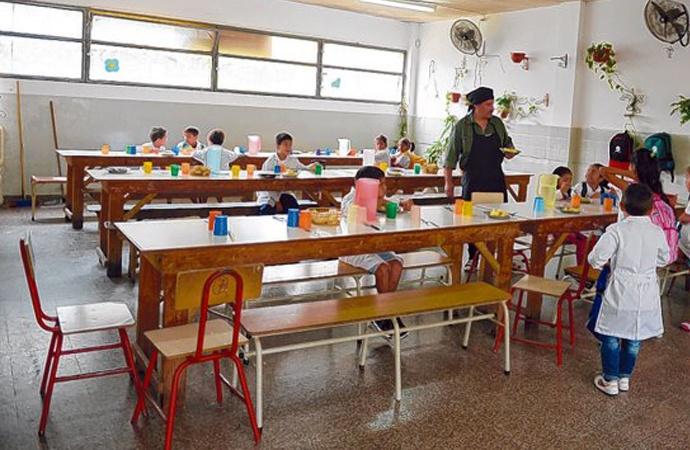 La provincia detectó 10 mil nuevos chicos que van a comedores escolares