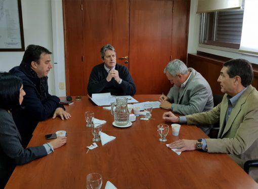 Firmaron convenio para la repavimentación del autódromo de San Jorge