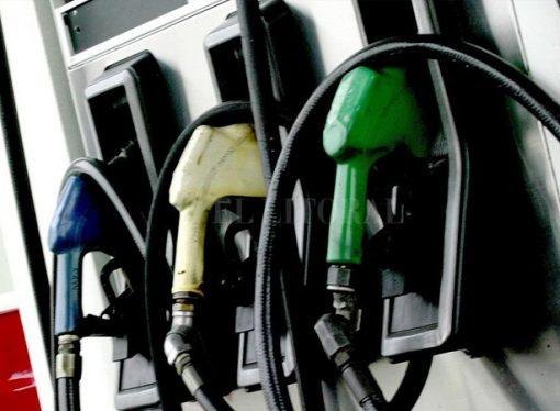 Las naftas aumentaron 70% durante 2018 y cayó el consumo de todas las variantes