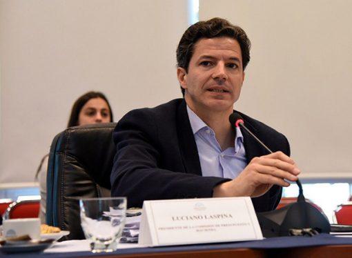 Laspina confirmó que los inmuebles rurales seguirán exentos de Bienes Personales