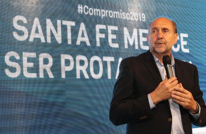 Perotti propuso realizar una presentación con los legisladores nacionales ante la Corte por la deuda