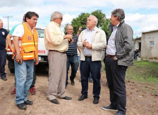 """Lifschitz: """"Me hubiera gustado que Macri viniera a recorrer las zonas inundadas"""""""