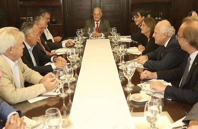 Lifschitz se reunió con la Unión Industrial Argentina