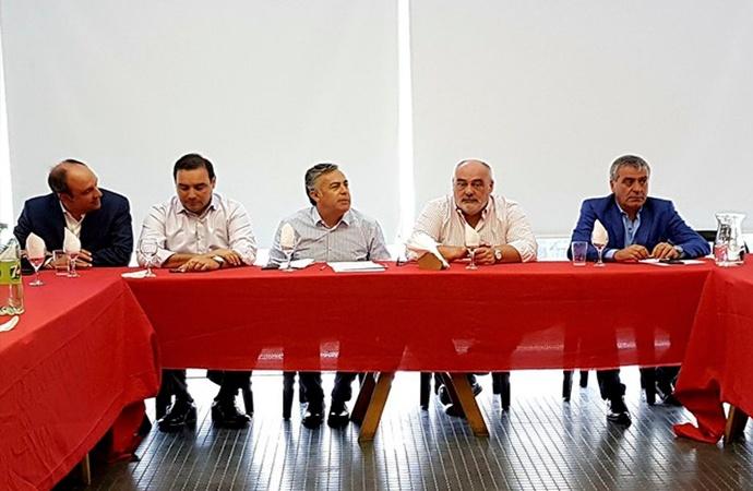El Comité Nacional de la UCR intervino Santa Fe