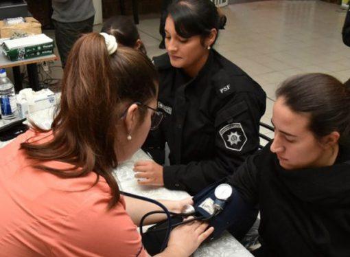 Dictarán talleres de alimentación saludable a los policías provinciales