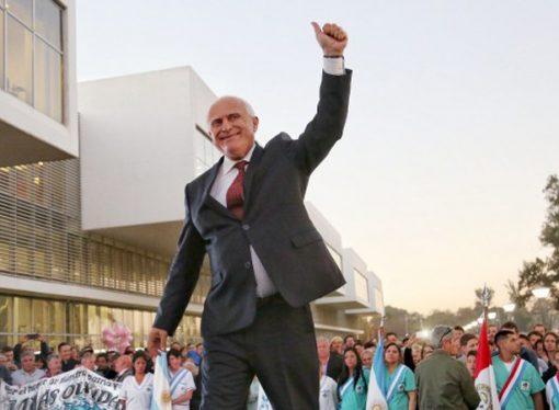 Antes de dejar el gobierno, Lifschitz llega a la región
