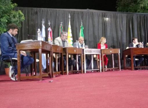 La sesión del bochorno: dos concejales electos se negaron a asumir su mandato