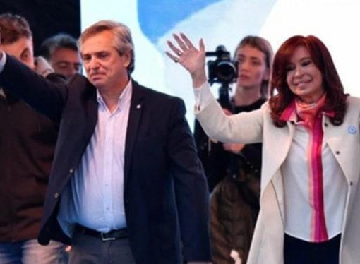 En medio de una grave crisis, Alberto Fernández asume la Presidencia
