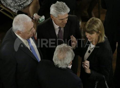 La grieta del PJ en la Cámara Alta fue protagonista en la jura de los senadores santafesinos