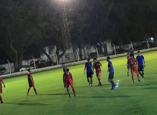 En el cierre de la serie de amistosos, la AKD goleó a Huracán