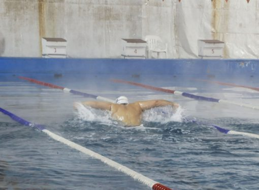 Funcionarios de la provincia visitaron las prácticas de nadadores olímpicos santafesinos