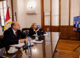 Perotti se reunió con intendentes y presidentes comunales
