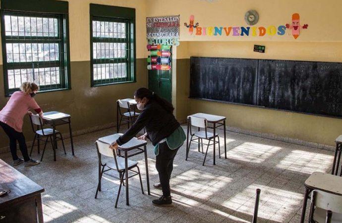 Más alumnos podrán pisar la escuela a partir de la primera quincena de diciembre