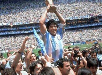 """""""Estoy quebrado"""", dijo el santafesino que cargó a Maradona sobre sus hombros en el 86"""