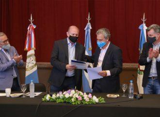 Entregaron fondos de atención Covid y Obras Menores a 11 localidades del sur provincial