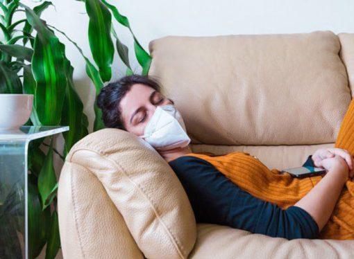 Siete de cada 10 pacientes que tuvieron coronavirus mantienen al menos un síntoma seis meses después