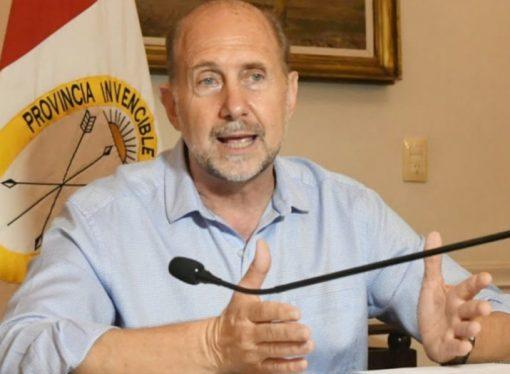 Para el gobernador, las clases pueden comenzar sin las vacunas