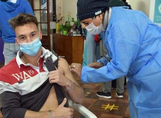 """""""Que los jóvenes se inscriban para vacunarse"""", el urgente pedido del Gobierno"""